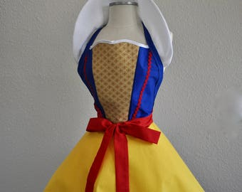 FA1107 Snow White Fairytale Apron