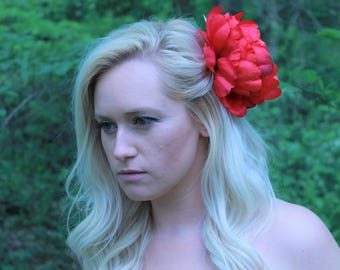 Red Flower Fascinator | Kentucky Derby Hat | Fascinator | Flower Hair Accessory| Derby Fascinator