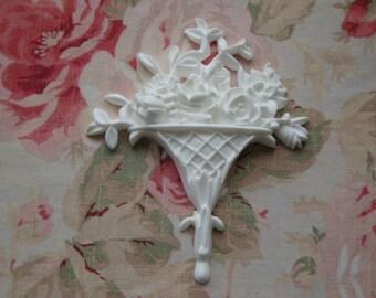 New! Shabby Chic Floral Basket Center Furniture Applique Architectural Pediment Onlay