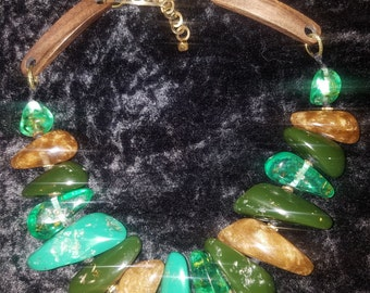 Faux Stone Over Sized Statement Necklace Anna Wintour Iris Apfel Irish Jewelry Emerald Green Couture Necklace Dramatic Bold Chunky WILMA XL