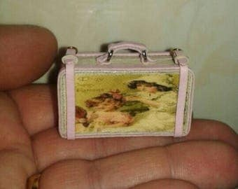 Shabby suitcase esc 1/12 Dollhouse