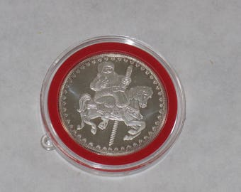 1997 Sterling silver Christmas commemorative coin with case 1.1 ounces