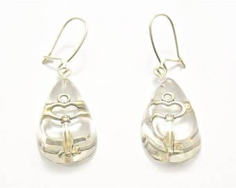 Drop shape earrings with small keys