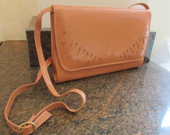 Vintage 1980's Peach Leather 'Clarks' Handbag MADE In IRELAND - LOVELY!!