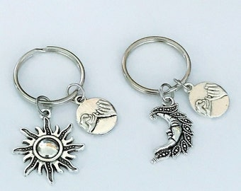 SALE - Set of 2 Sun and Moon Keychain, Pinky Promise Keychain, Friendship Keychain, Bff Keychain, Sister, Christmas Gift.