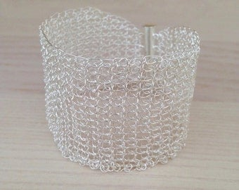 Silver crochet wire cuff bracelet.Handmade wire crochet silver bracelet.Lacy mesh bridal bracelet with magnetic tube clasp.Knit  bracelet
