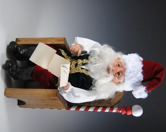 Heirloom Santa/Handmade Santa/Santa in His Throne