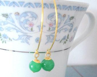 Simple Beaded Earrings, Green Drop Earrings, Jade Green Jewelry, Elongated Gold Earrings, Everyday Earrings