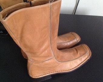 Vintage Albero Fermante tan beige below knee leather boots  38/US 8