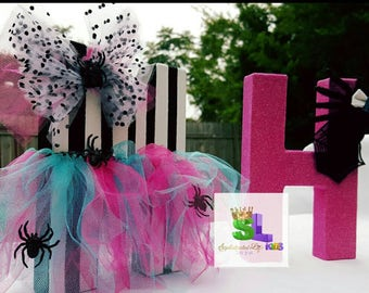 Monster High Party Monster High Birthday Party Monster High party decorations Monster High party ideas Monster High decorated letters