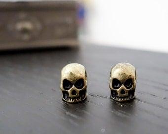Goth 3D bronze skull stud earrings