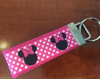 Minnie Mouse Mini Keychain/Key Fob/Zipper Pull