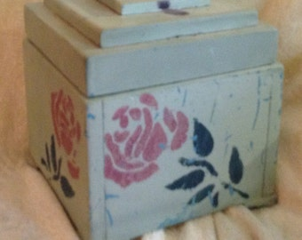 Arts and Crafts Trinket Box