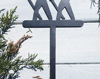 Hikers Cake Topper in Rustic Raw Steel