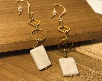 Elegant Gold-Plated Geometric Grey Stone Drop Earrings