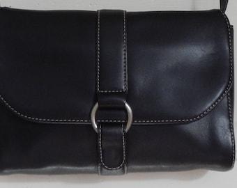Casual Black Leather Bandolino Shoulder Bag!