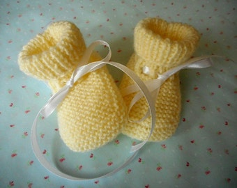 Hand Knitted Baby Booties, different colors