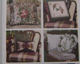 VINTAGE Butterick Pattern B3175 Easy To Do Pillows