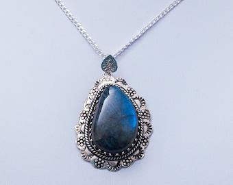 Labradorite Necklace ~ Labradorite Pendant Necklace ~ Sterling Silver Labradorite Necklace ~ Blue Gemstone Silver Necklace ~ Blue Flash