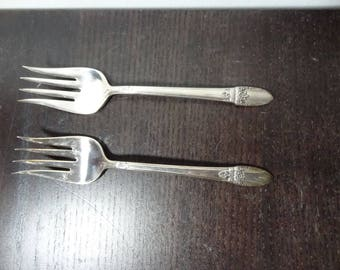 Antique 1847 Rogers Bros. First Love 1937 Silver Plated Silverware - Set of 2 Flair Tine Dessert/Meat Forks