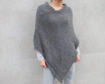 Poncho / Women poncho/knit wool poncho