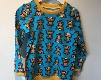 Monkeys t-shirt long sleeves and collar, 104 mt