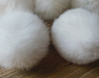 2pcs 6cm White Genuine Rex Rabbit Fur Pom Poms
