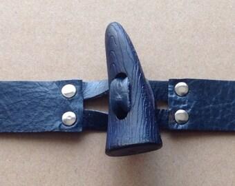 Duffle coat fastener | Etsy