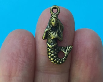 8 Mermaid Charms Antique Bronze BC049