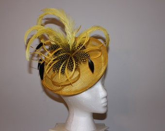 "Kentucky Derby Fascinator - yellow ""Bee-u-ti-ful"""