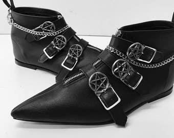 Original Pikes - Dark Crow 3 Buckle Boots with Chain
