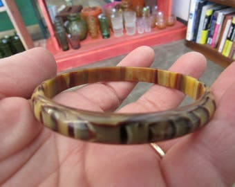 Vintage Butterscotch and Brown Reptile Print Lucite Bangle