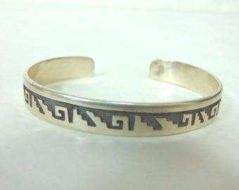 Vintage Estate Sterling Silver Southwestern Design Cuff Bracelet 23.4g E3032