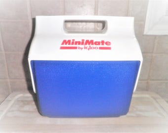 Vintage MiniMate by Igloo cooler