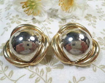 Beautiful Vintage Silver And Gold Tone Pair Of Clip On Earrings DL#1941