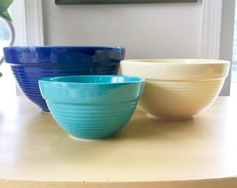 Large Ceramic Mixing Bowl, Set of Three Nesting Stoneware Bowls