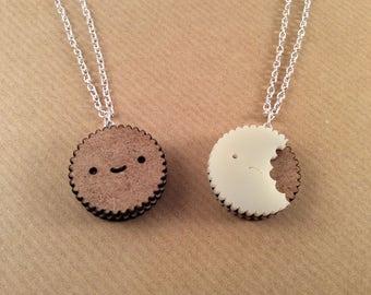 Reversible Biscuit Necklace