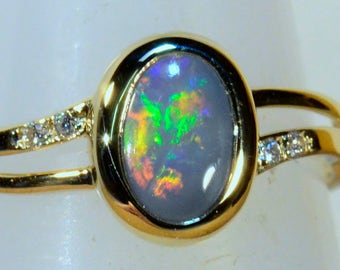 Hand Made Solid 18ct Yellow Gold Solid Lightning Ridge Australian Black Opal & Diamond Ring (14298)