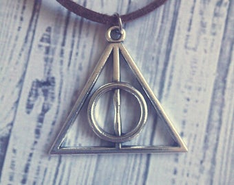 "Deathly Hallows Choker Necklace (Harry Potter) 15"" - Choose Your Own Color"