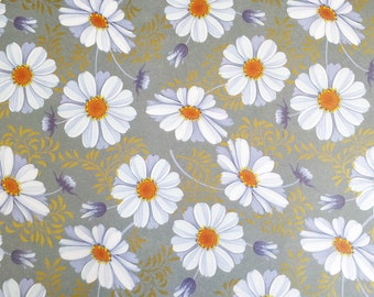Daisy - Wrapping Paper/Gold Embossed/Sheet Style/Cute/Pretty/Unique/Kawaii/Holiday/Fancy/Wedding/Gift Wrap/Fun/Elegant/Occasion