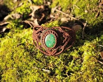 Macrame bracelet with Chrysocolla stone