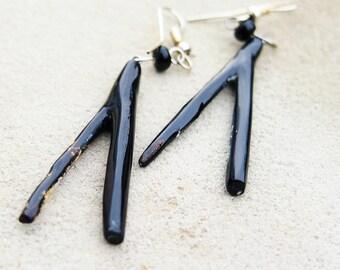 Black coral earring (Elizaa)