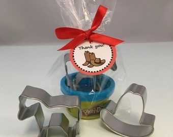 Western Party Favor: Cowboy Party Favor, Playdoh and Cowboy Hat Cutter and Horse Cutter