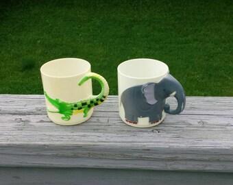Vintage childrens figural mug set of 2
