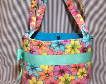Lazy Daisy Springtime Purse