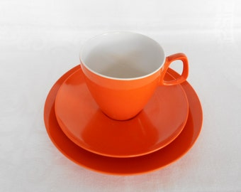 Funky Retro Hollywood Tamco Melmac Tea Cup and Plate Trio in Burnt Orange 1970's   #10230