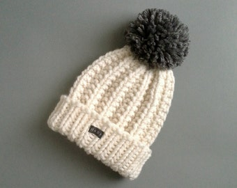 HoBo Handmade 'Lofty' Bobble Hat. Thick chunky hand knitted beanie. Large removable pom pom. Winter white cream/grey wool blend Medium/Large