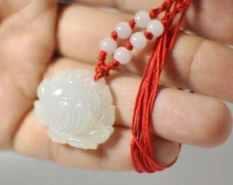 Natural Hand-Carved Flower Chaniese jade Pendant White color Freeform shape. 21x29x10 mm.