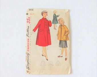 Vintage 1950's Young Girls Winter Coat Pattern / Simplicity 4418 Sewing Pattern Size 8 Coat
