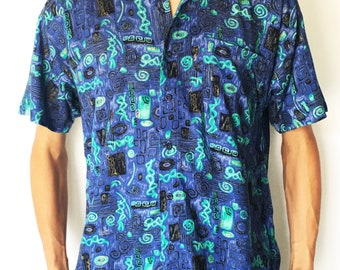 Vintage 1980s Blue Abstract Printed Short Sleeve Button-up / Size (S/M)
